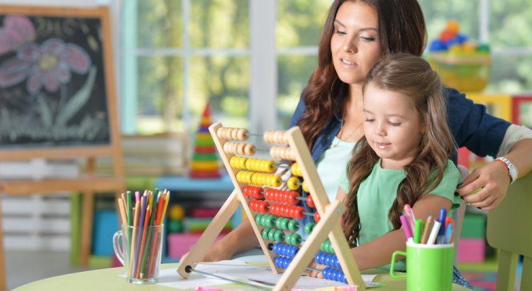 Plano de aula sobre números de três ordens - 2º ano do ensino fundamental