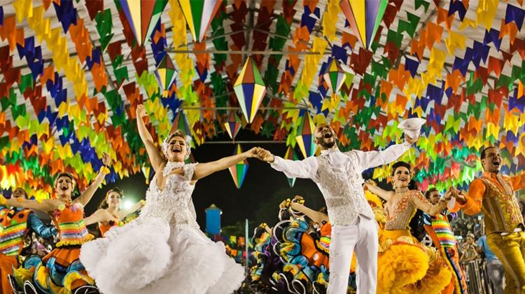 Plano de aula - Festas tradicionais e cultura do Brasil - 4º ano do Ensino Fundamental