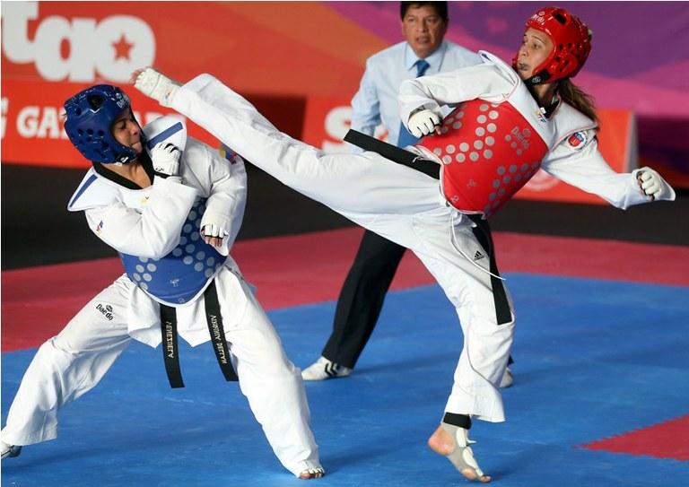 Roupa de competição de Taekwondo