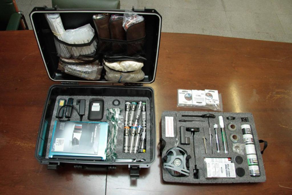 Biologia forense - Material de trabalho para coleta de amostras.