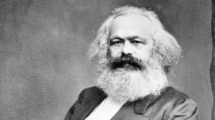 Questões sobre Karl Marx
