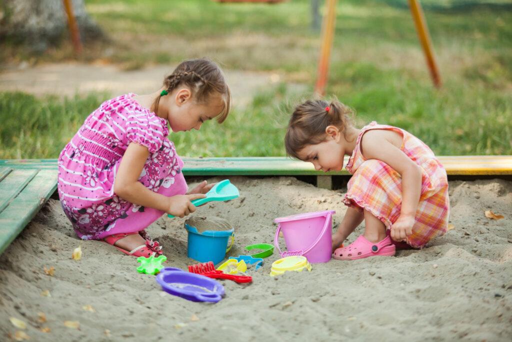 Brincadeira com areia